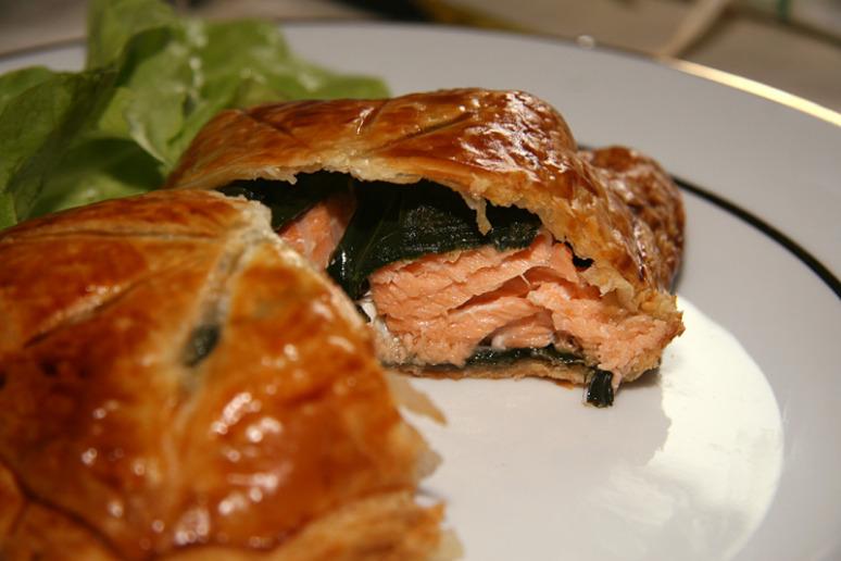 feuillete-saumon-epinards-3w