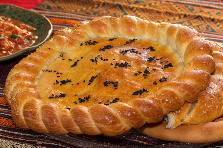 Naan Roghan Bread