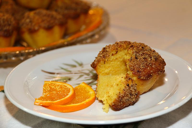 muffins l orange et craquelin aux noisettes. Black Bedroom Furniture Sets. Home Design Ideas