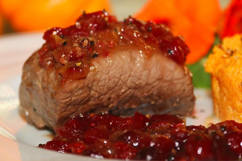 Pav de sanglier aux canneberges et sirop d rable cras e de courge - Cuisiner le sanglier au four ...